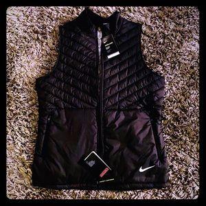 Nike Aerolayer Black vest
